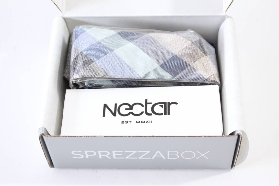 SprezzaBox March 2016 3