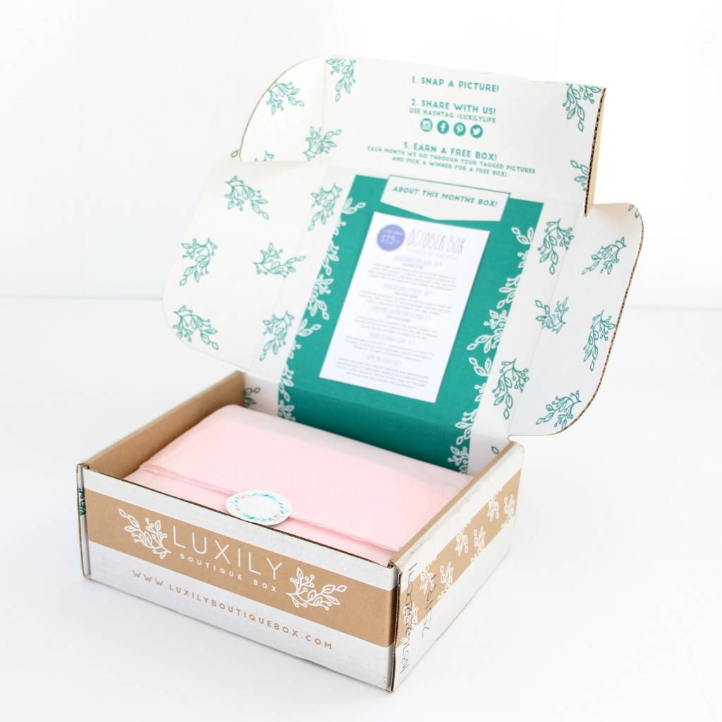 luxily-boutique-box-review-october-2016-3